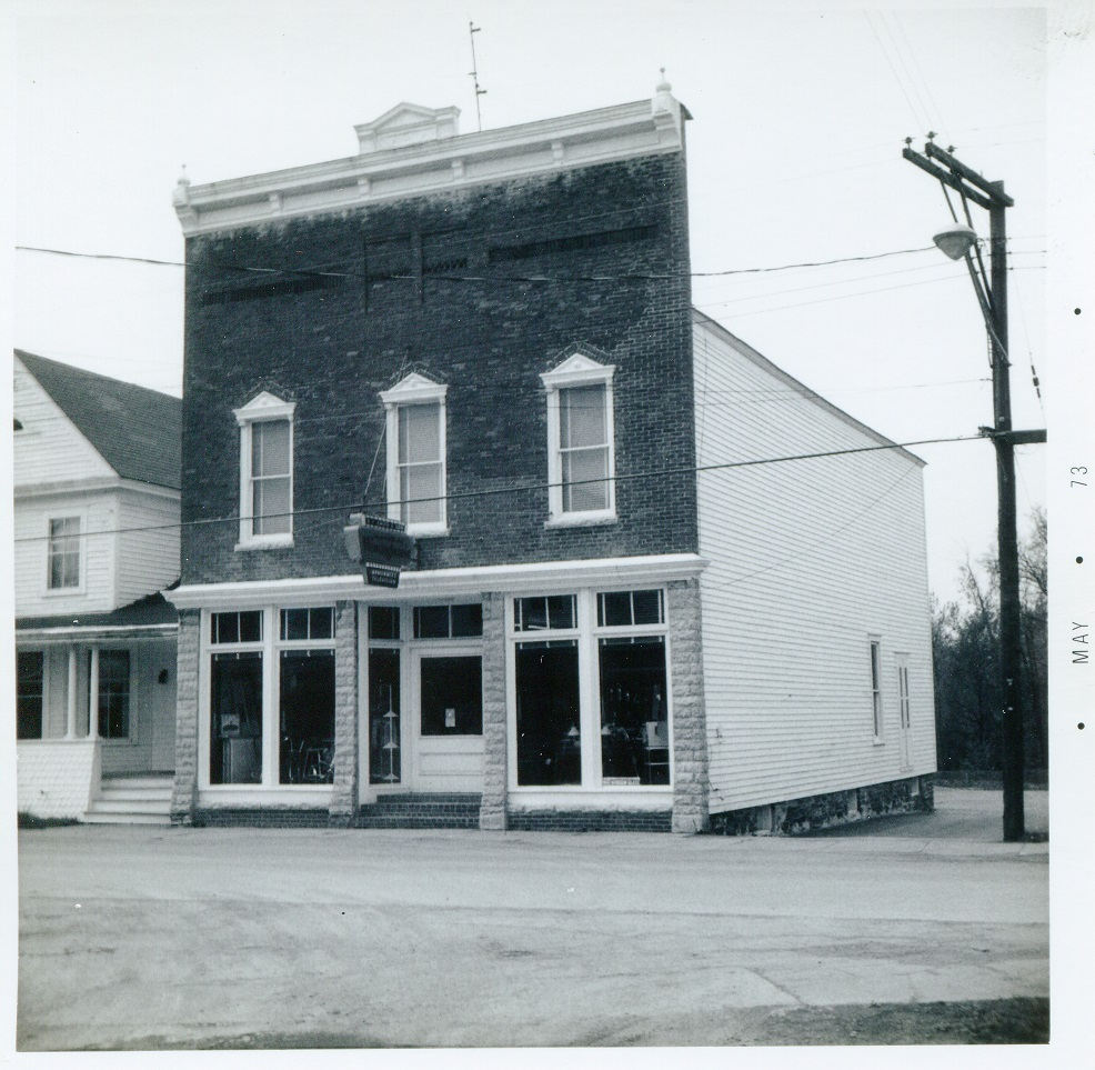 Albany St and Carpenter Creek DeRuyter northwest corner store R Smith and Son 10 May 1973