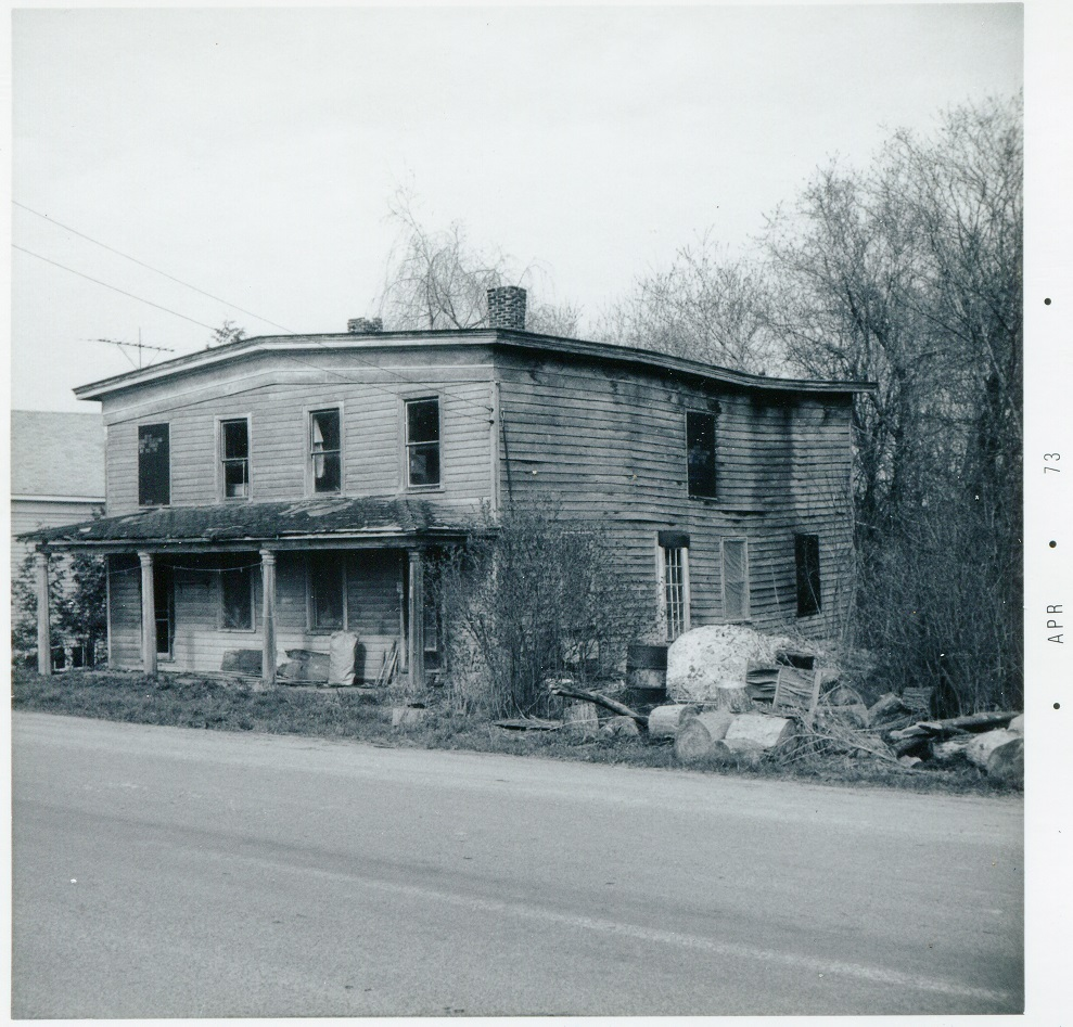 Canal Rd Bouckville east side south of Rt 20 house dilapated side view 21 April 1973
